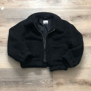 URBAN OUTFITTERS fuzzy jacket size M